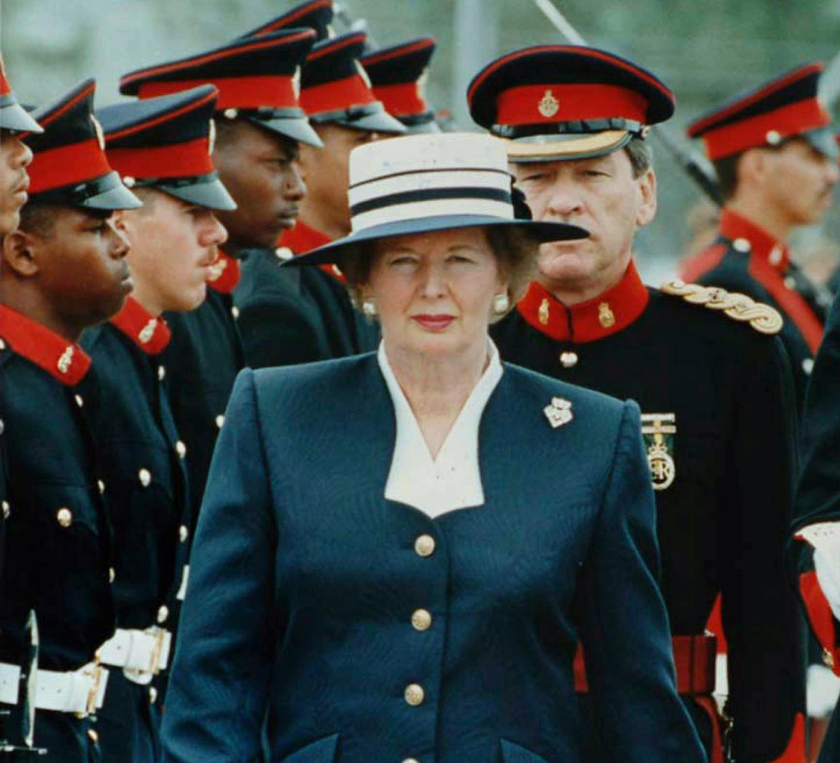 Thatcher overser tropperne