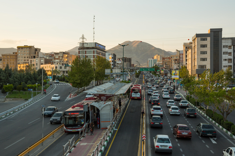 BRT_in_Tehran,_Iran_II