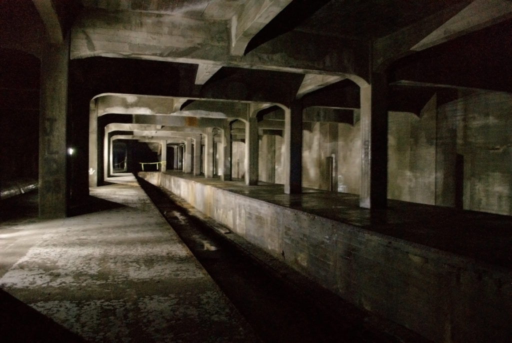 Cincinnati_Subway_-_Race_St._Station